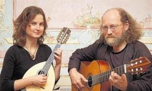 20.12.2012 / 19:00 <br>«Duo La Perla» mit Lesung <br>'Vorweihnachtliches <br>aus der Weltliteratur'